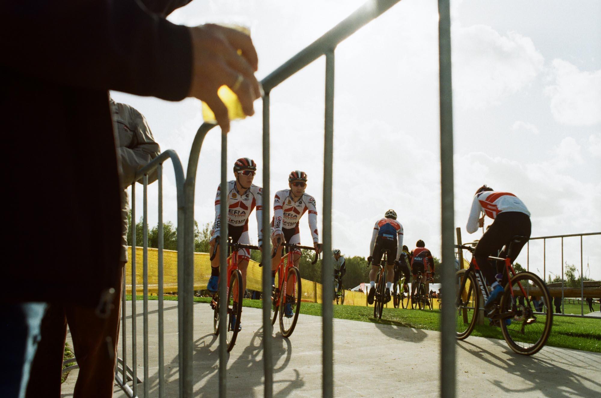 met helmets cyclocross era circus 000469090009