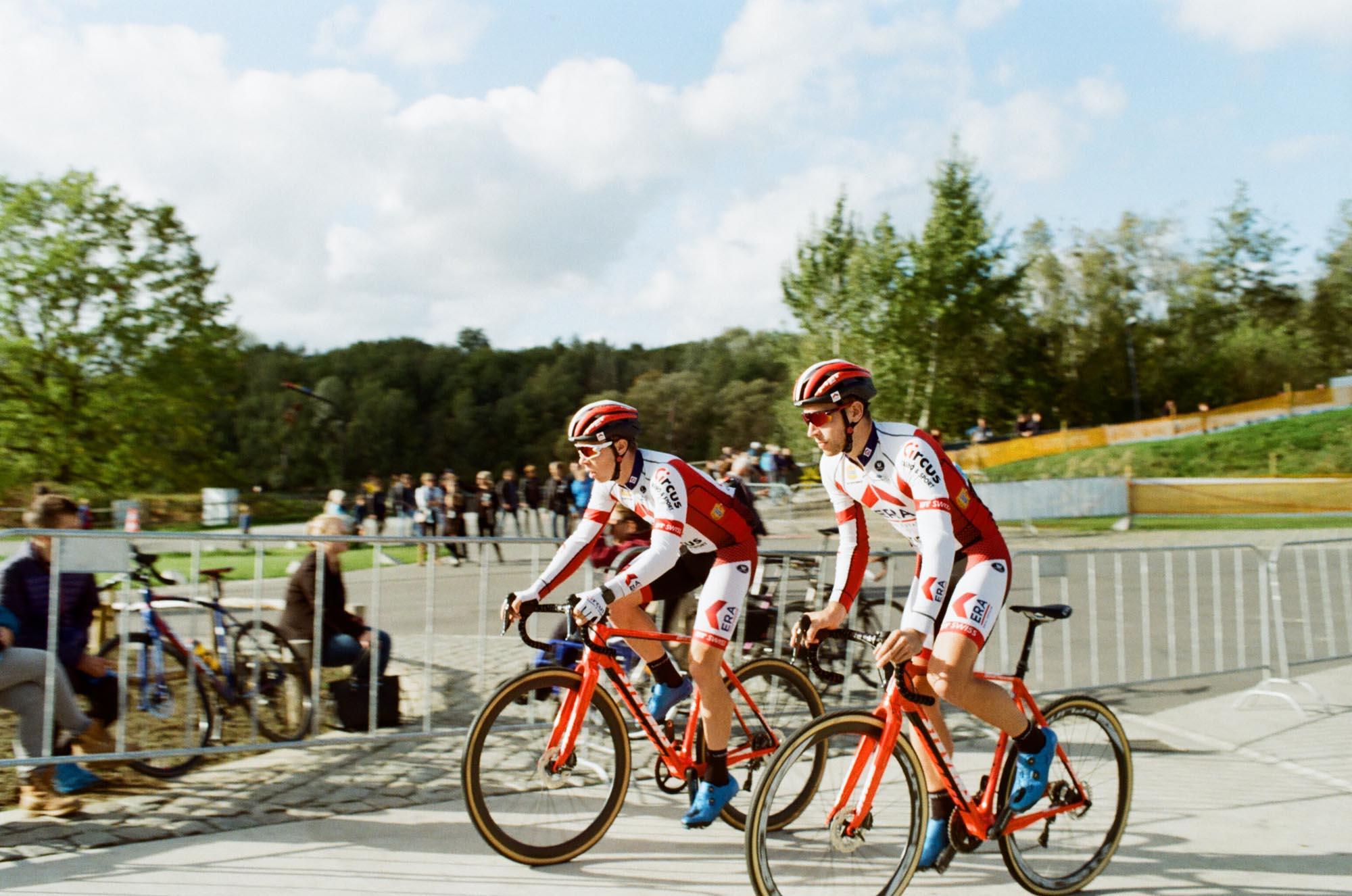 met helmets cyclocross era circus 000469090010