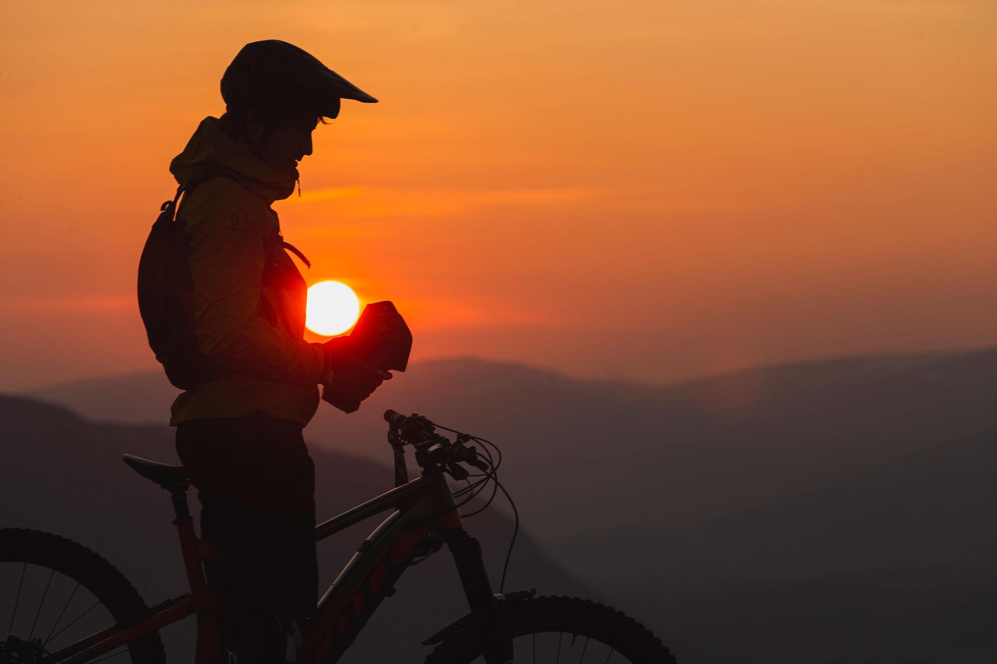 MET Funandgo Trekking and City Helmet