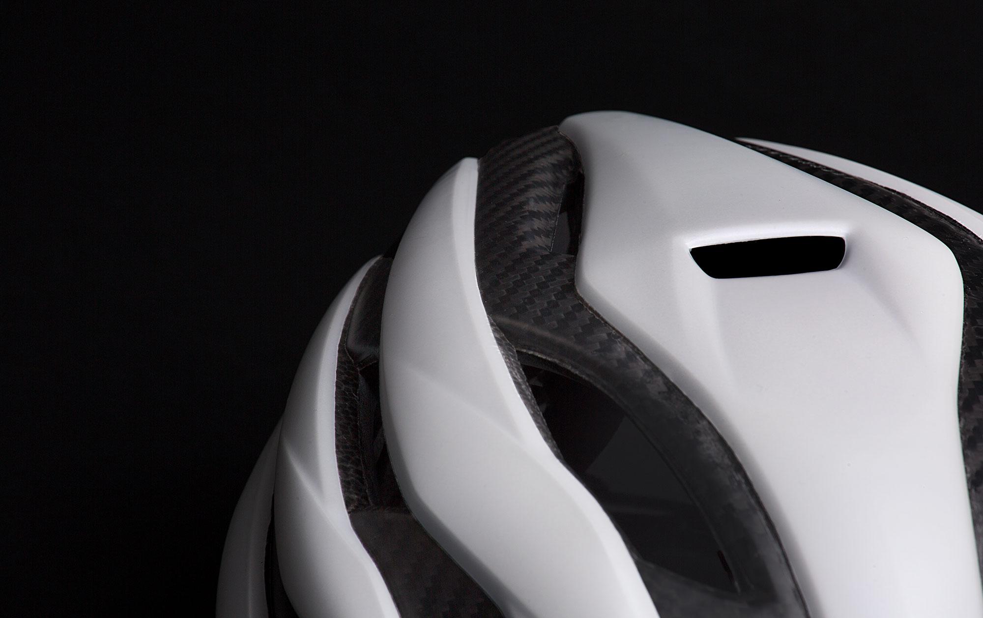 MET Trenta 3K Carbon Road, Aero, Cyclocross and Gravel Helmet naca vent