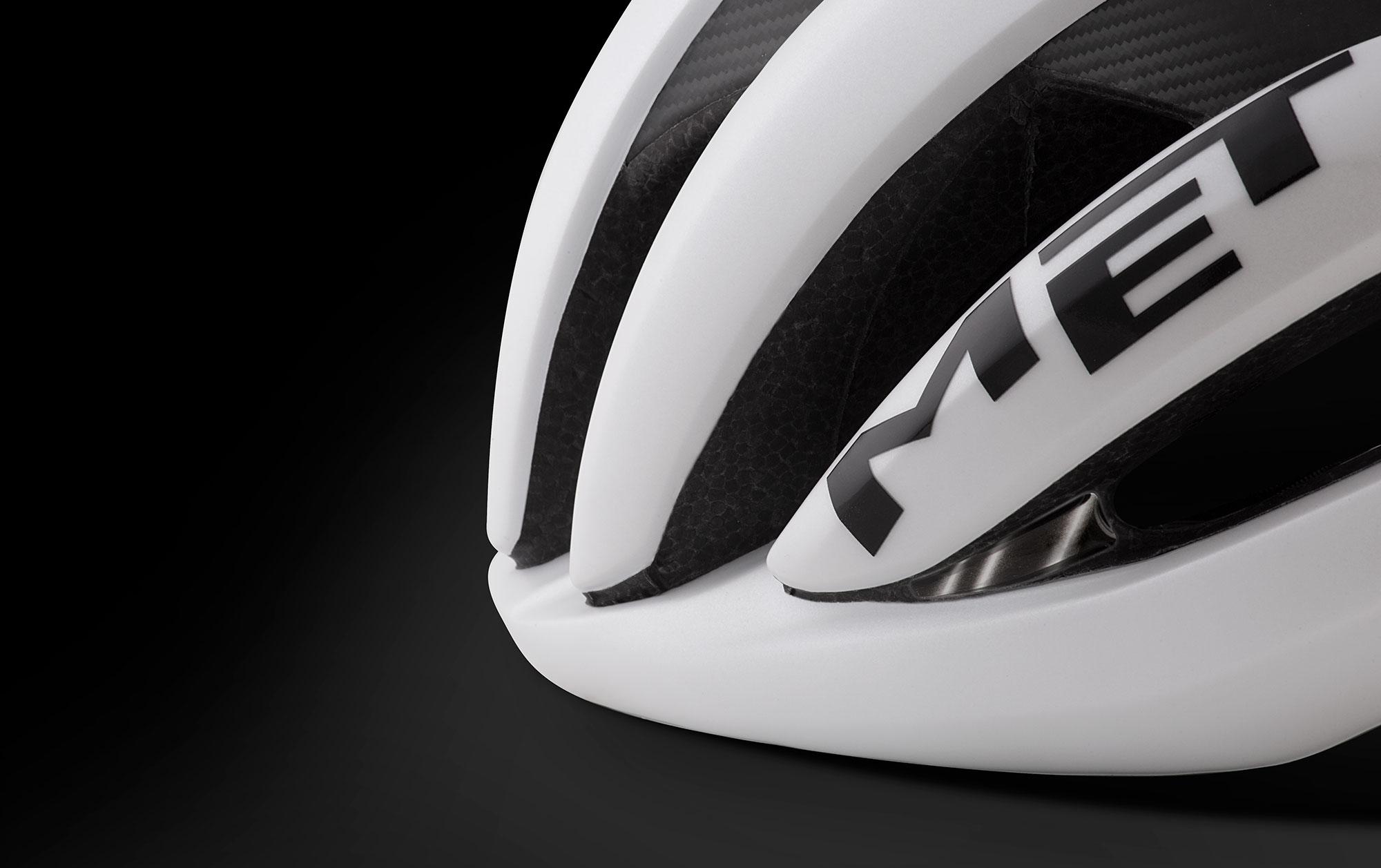 MET Trenta 3K Carbon Road, Aero, Cyclocross and Gravel Helmet sunglasses ports
