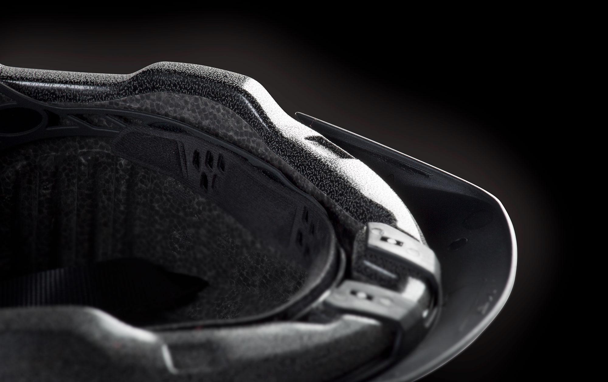 MET Grancorso Urban, E-bike and Commuting Helmet Full wrap shell