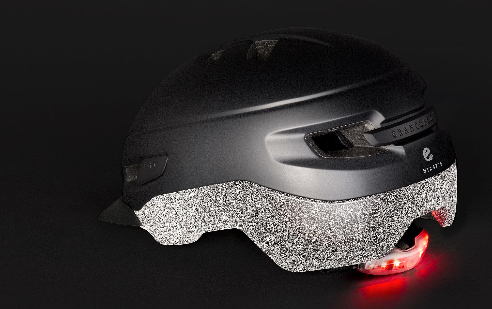 MET Grancorso Urban, E-bike and Commuting Helmet Reflectivity