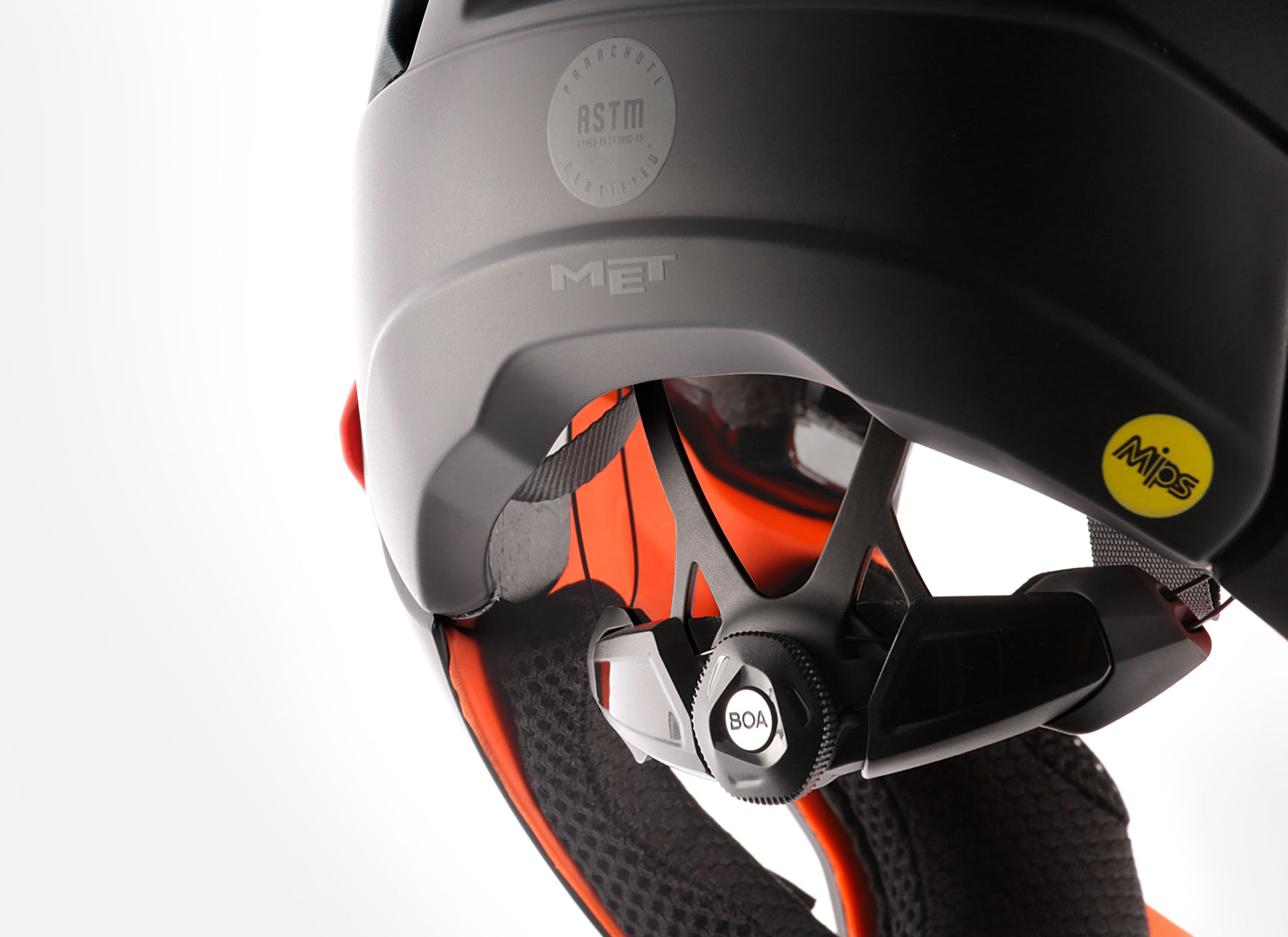 MET Parachute MCR mips Enduro, Trail and E-MTB Helmet Boa Retention System