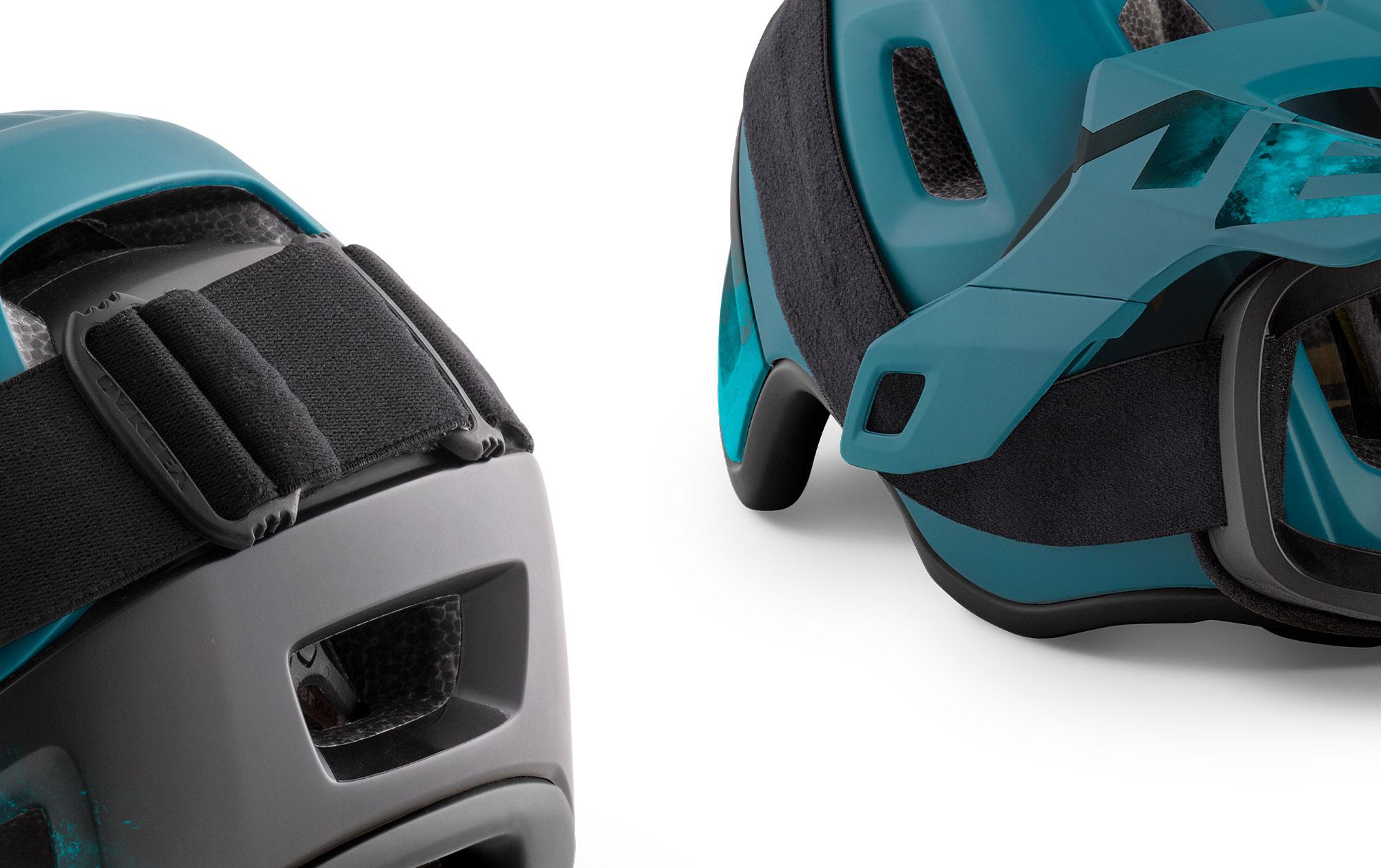MET Roam Mips Enduro, Trail and E-MTB Helmet Visor Clips