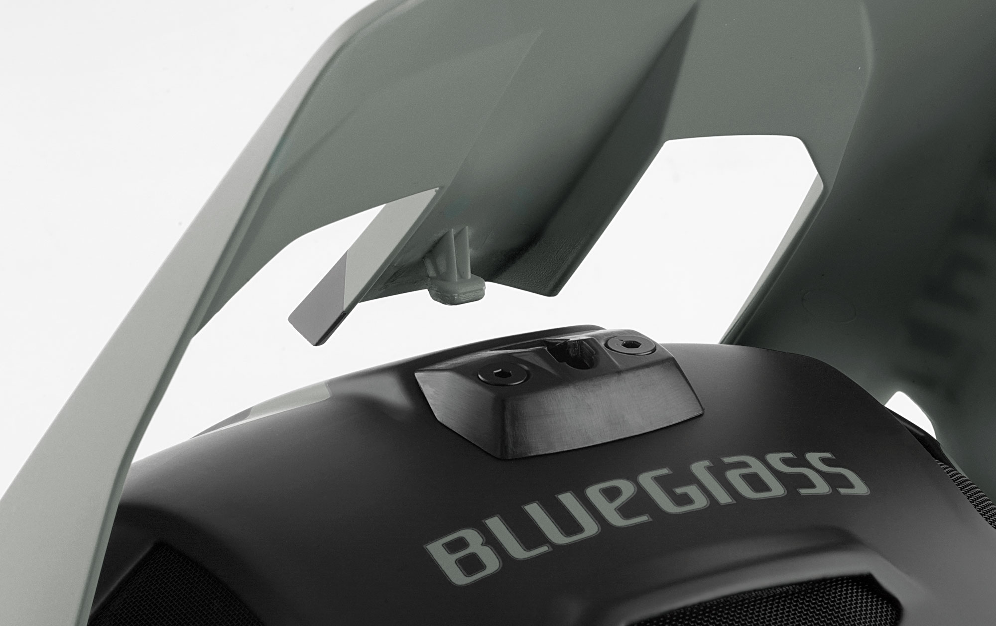 BLUEGRASS Legit Carbon Mips Downhill, BMX and Trail Helmet with Safety-release and flexible visor
