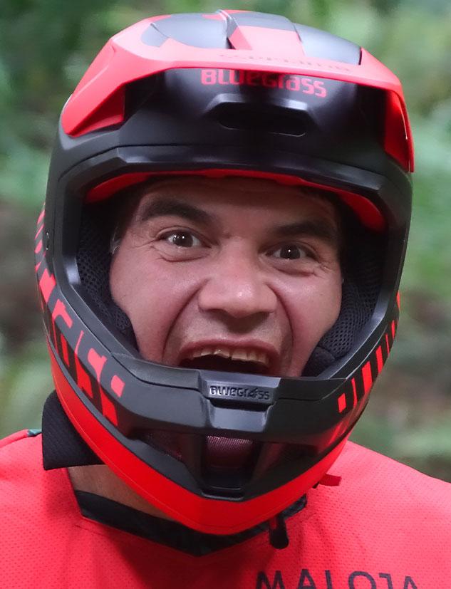 Bluegrass Legit Carbon Mips Downhill, BMX and Trail Helmet Bratt Tippie