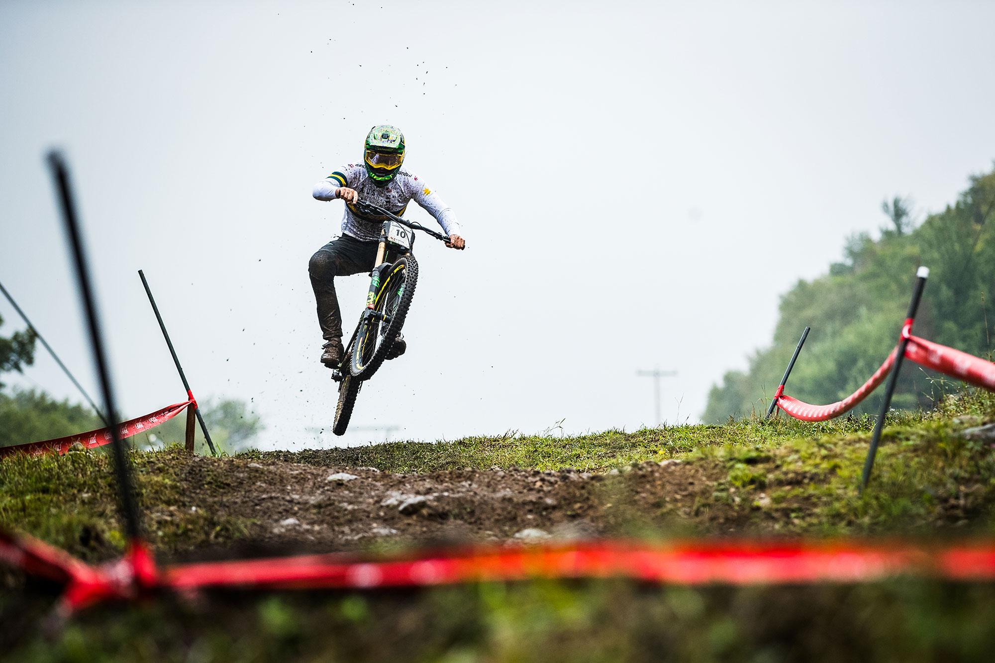 Dean Lucas MSA DH World Champs with Bluegrass Legit Carbon DH Helmet