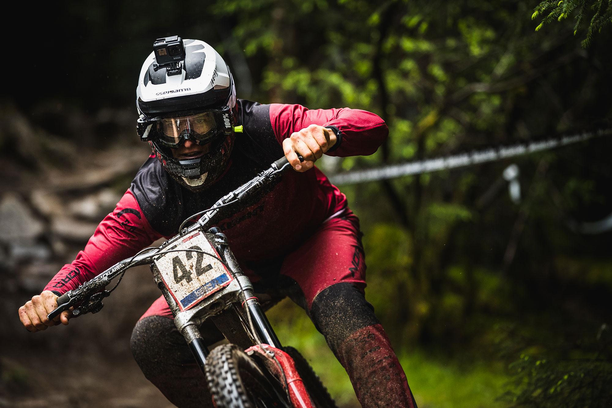 Sam Blenkinsop Fort William DH World Cup Bluegrass Legit carbon DH Helmet