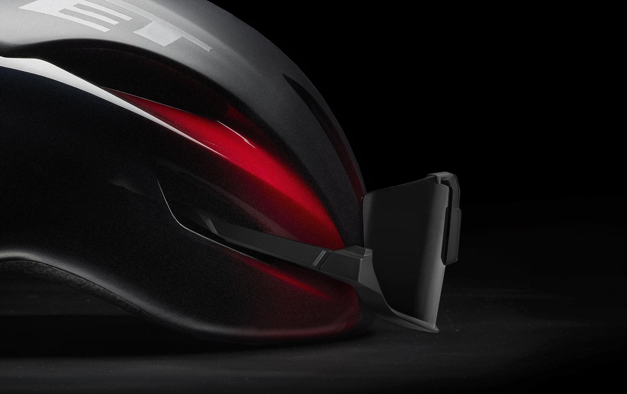 MET Manta Mips Road, Triathlon and Winter Rides Helmet: Sunglasses Ports