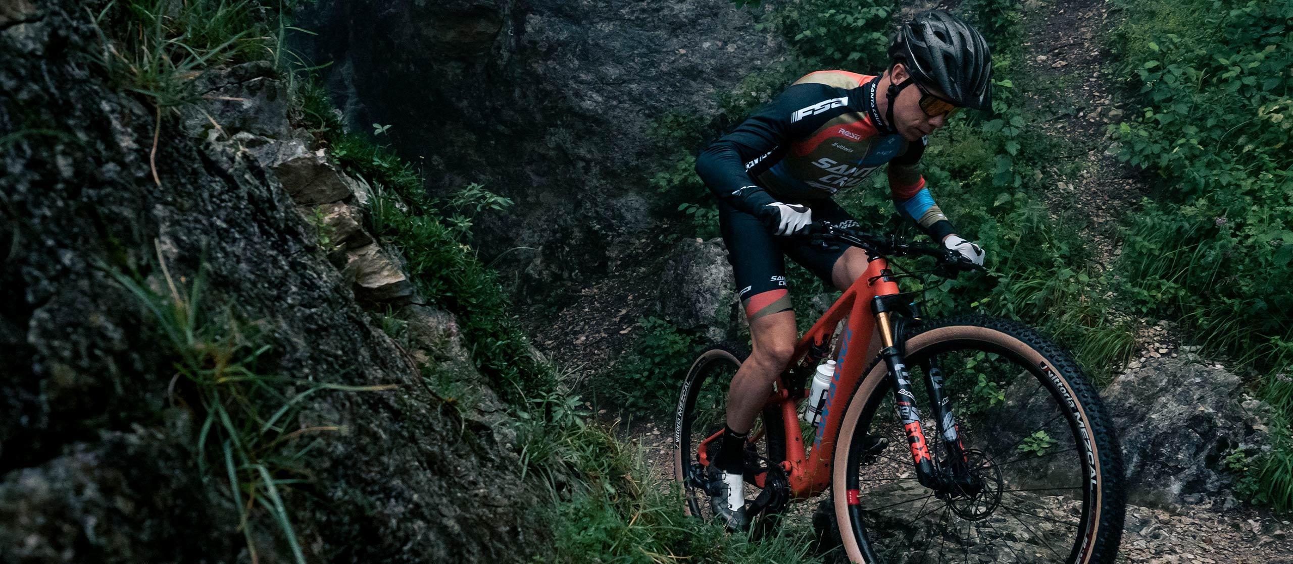 MET Veleno Mips Mountain Bike Helmet for Trail, XC and Gravel. Maxime Marotte MTB pro for Santa Cruz Fsa.
